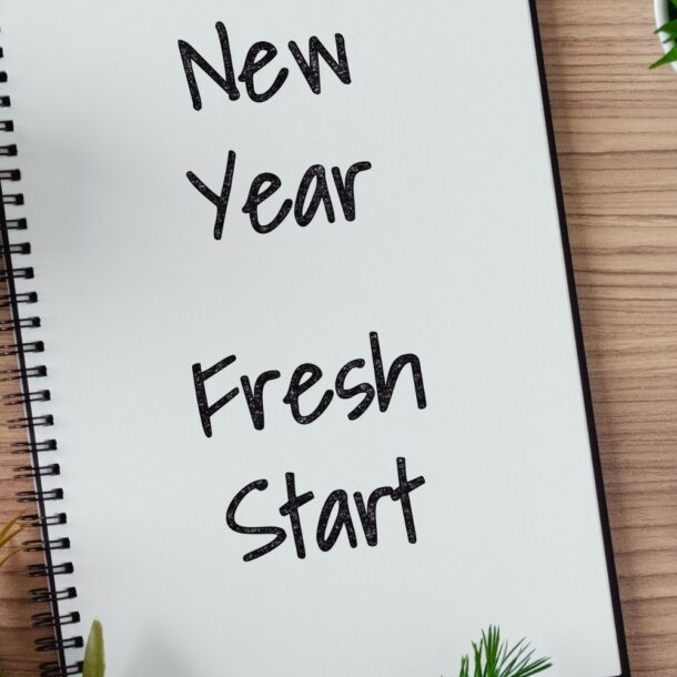 25 NEW YEAR'S RESOLUTIONS EVERY PERSON SHOULD ACTUALLY MAKE